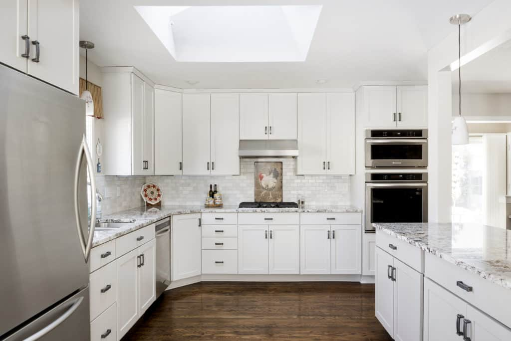 Choosing Kitchen Cabinet Styles And Colors