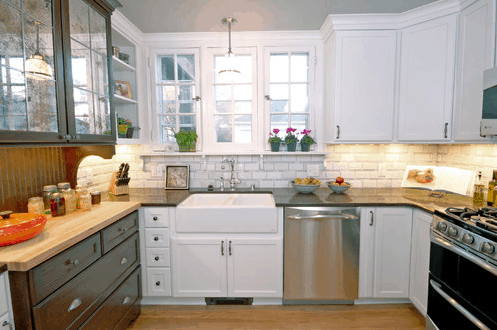 Cottage Kitchen - Farmhouse Sinks