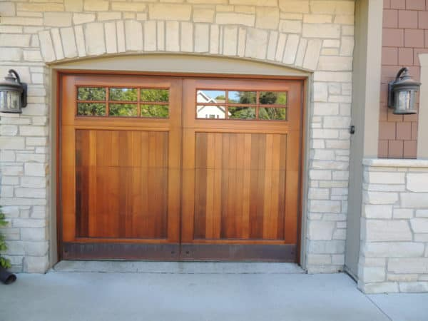 Minnewashta Pkwy Garage Door Refinishing